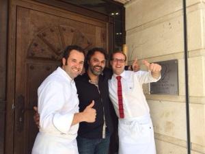 Isaac y Jesús, de Restaurante Palio, con el chef Marco Stabile, JRE de Florencia