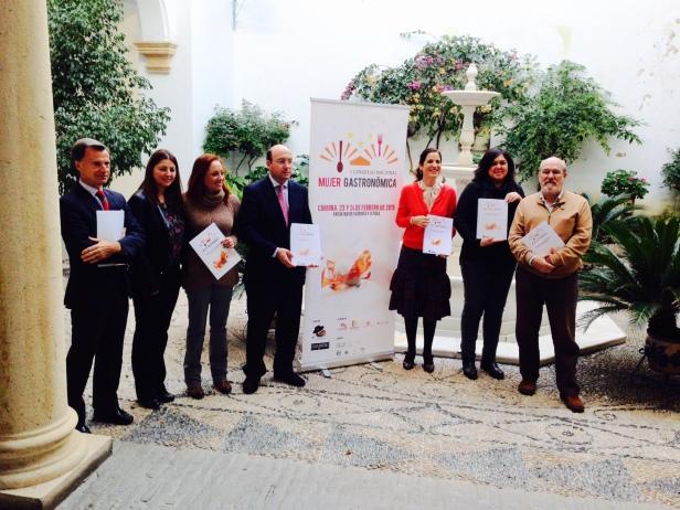 Rueda de prensa Córdoba Mujer Gastronómica Ana Acín JRE